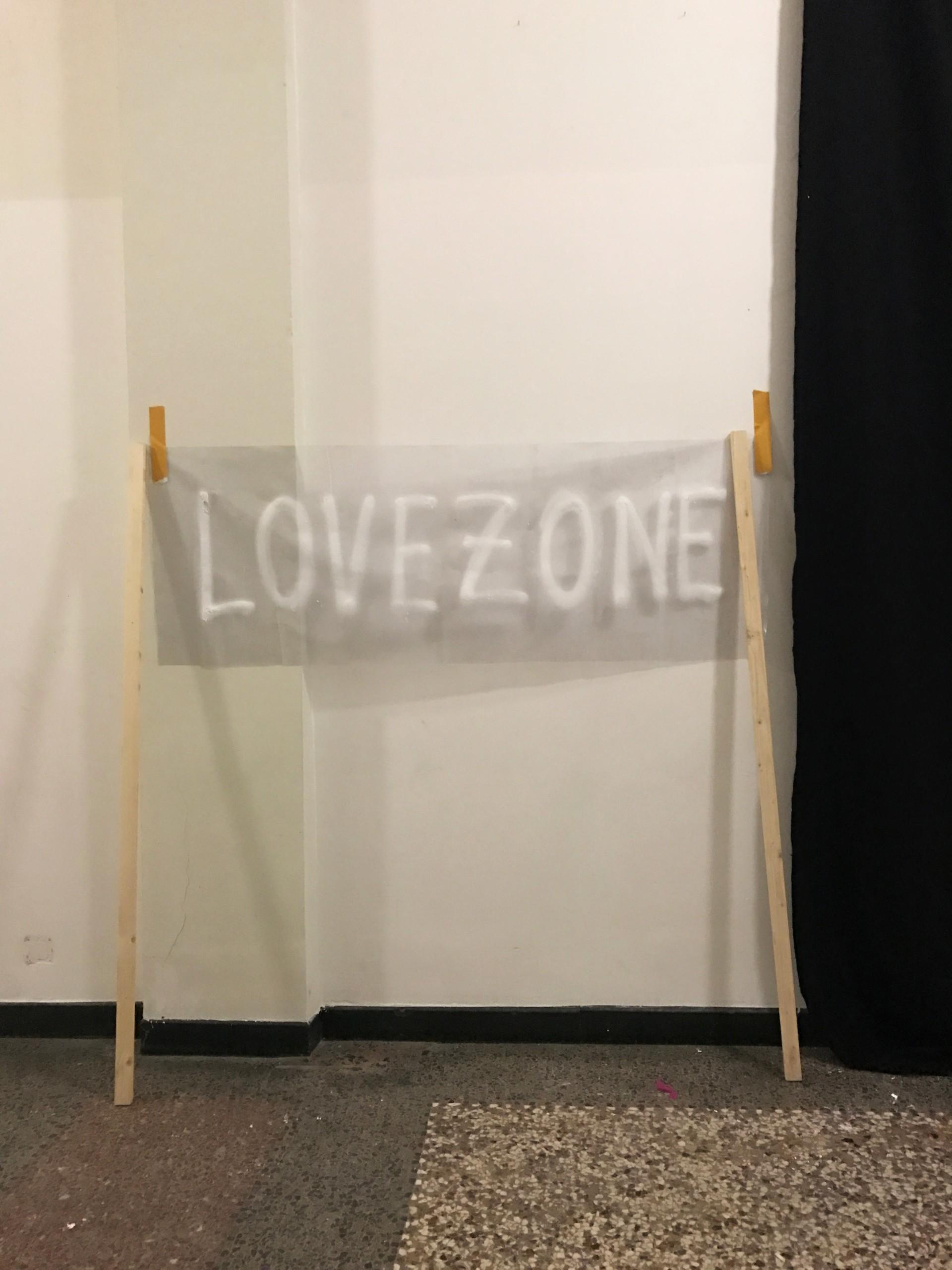 Luki von der Gracht Love Banners